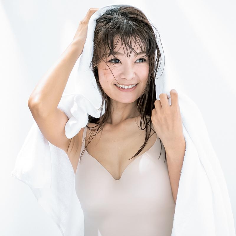 しぼみ乳・脇乳・離れ乳。40代・50代のバスト悩みを解決するカップキャミはどれ?