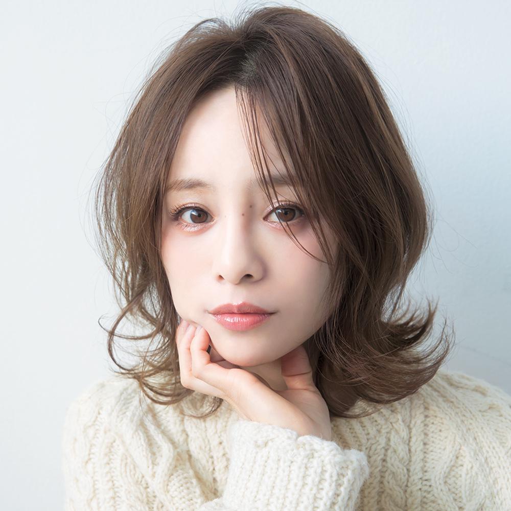 ボサ毛もさらさら運気アップ!田中亜希子さん・38歳の髪型「ラウンドレイヤー」って何?