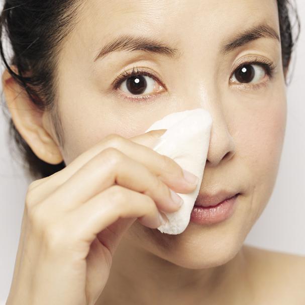 長井かおりさん伝授!40代のツヤ肌には「粉」を味方につける