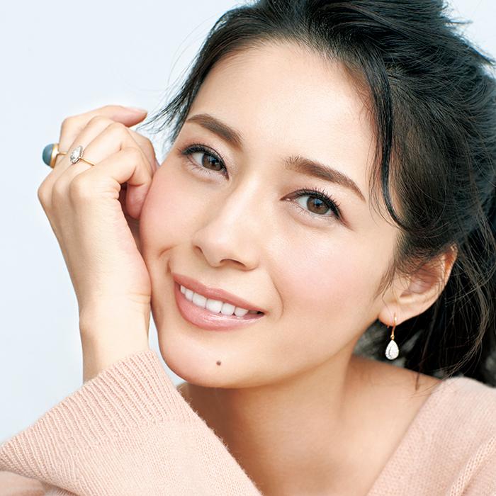 千吉良恵子さんの血色メークで「40歳に見える45歳」!
