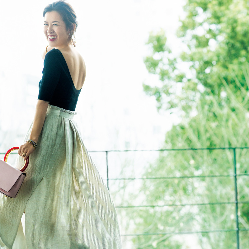 大草直子さんが教えます!40代の「春服を着こなすため」の美容法<前篇>