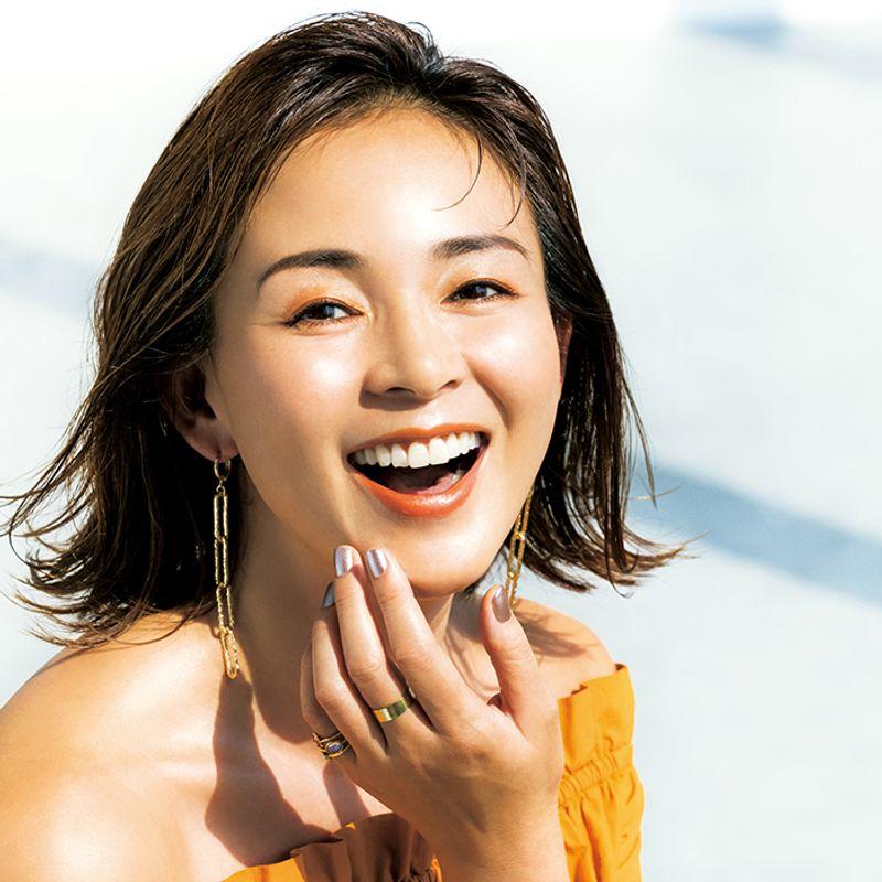 モデル・SHIHOさん|平日はバリバリ働いて週末はビーチに繰り出すサーフガールのようなライフスタイルが理想です