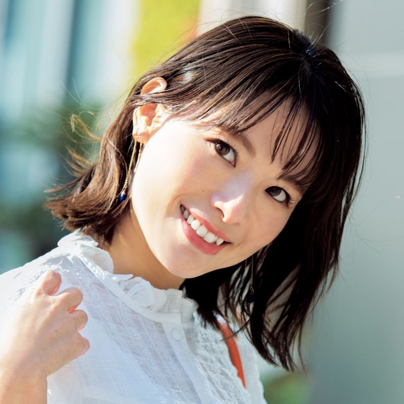 【40代の2021年最新髪型】小顔効果抜群サイドバングボブ【ミディアムヘア】