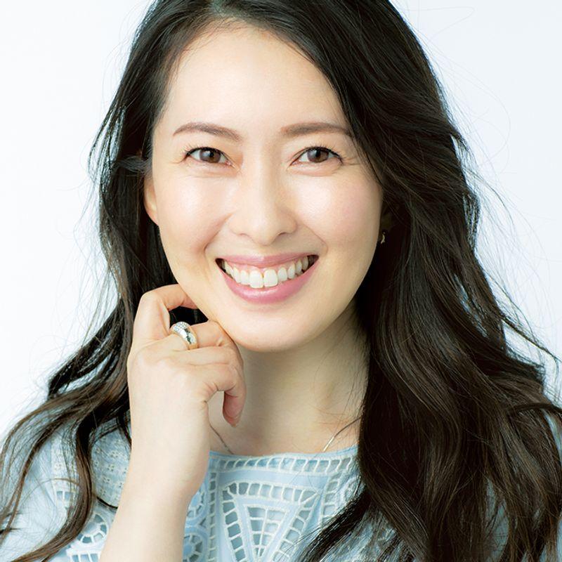 体の内外からスキンケア!美魔女・小宮山順子さん(43歳)の【美肌になる】生活習慣