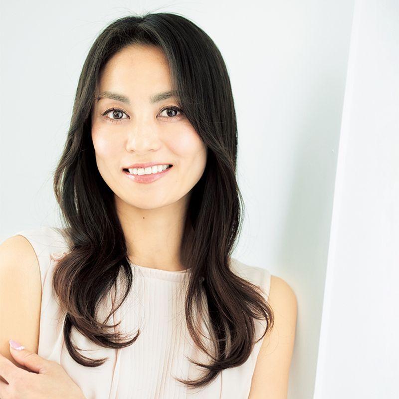 【40代の2021年最新髪型】顔の間延び解消!韓国カールセミロング【ロングヘア】