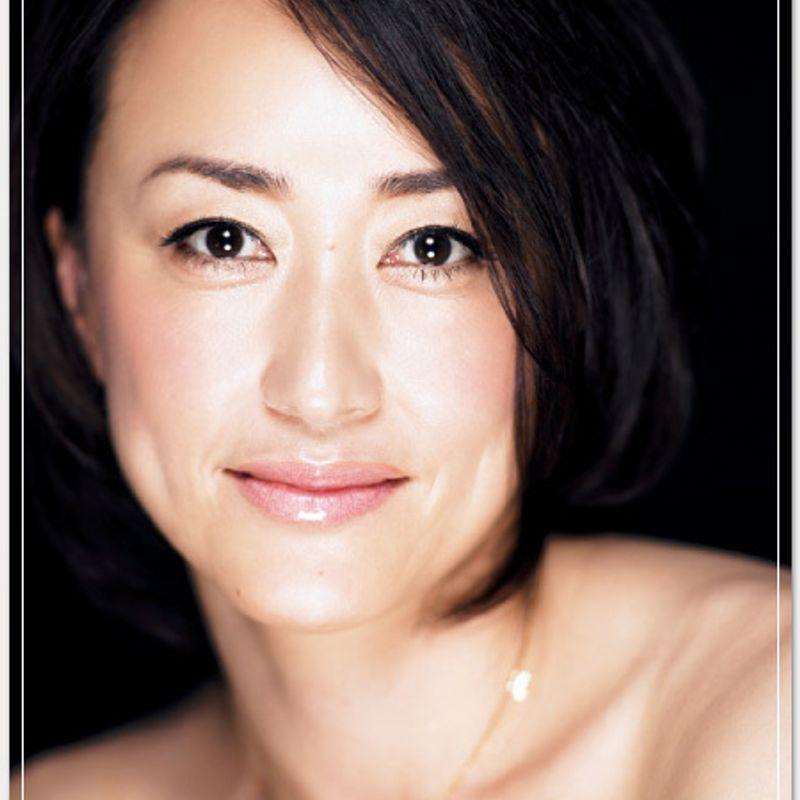 年相応の美を追求して見つけた「水の元素」を肌、髪、体の中に 第2回 吉井志乃さん(41歳・FOSTER 代表取締役)
