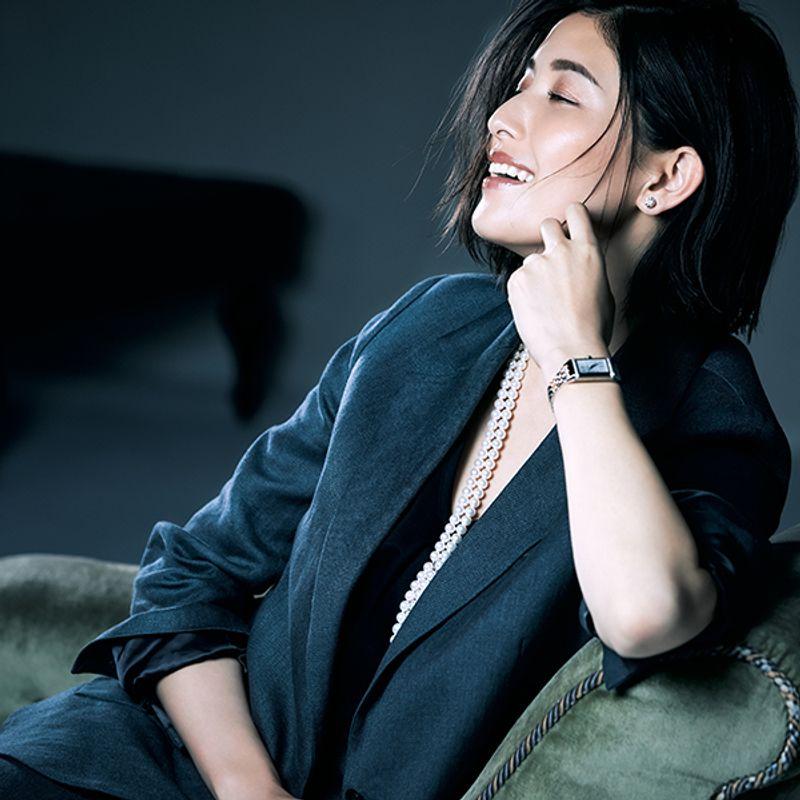 橋本マナミさんが着けるオンナを上げる時計【ジャガールクルトに合う】メーク・ファッション・香水
