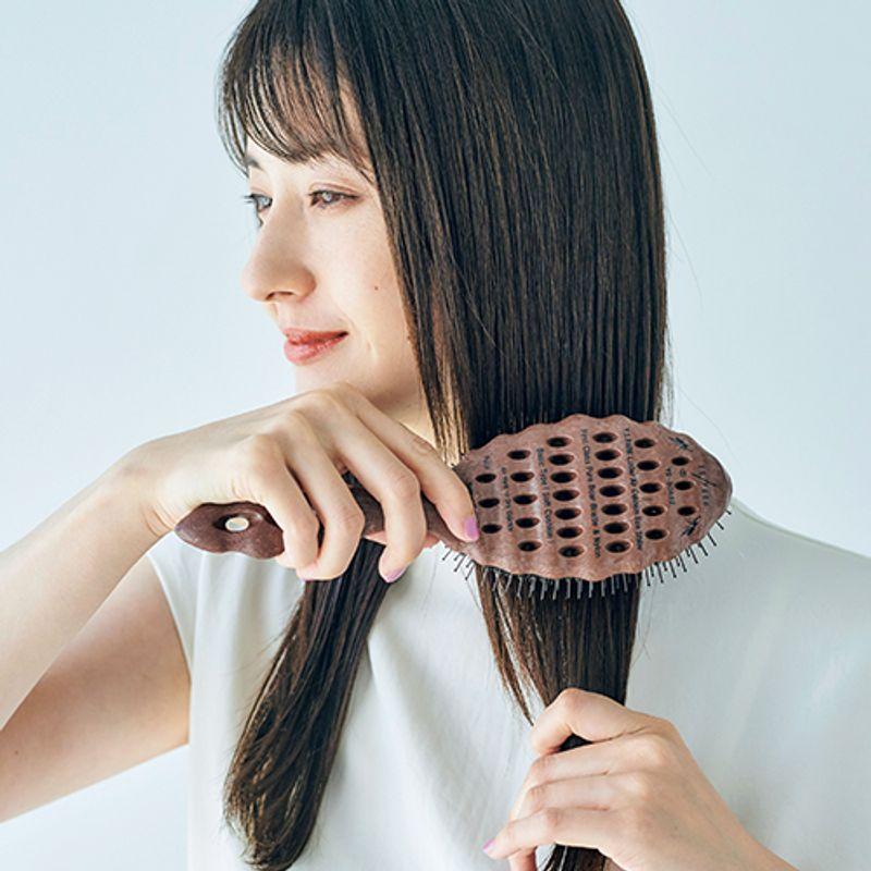 【髪質別ブラシ&コーム】毎日使うブラシを変えれば「ペタンコ」「うねり」「パサつき」が解消します