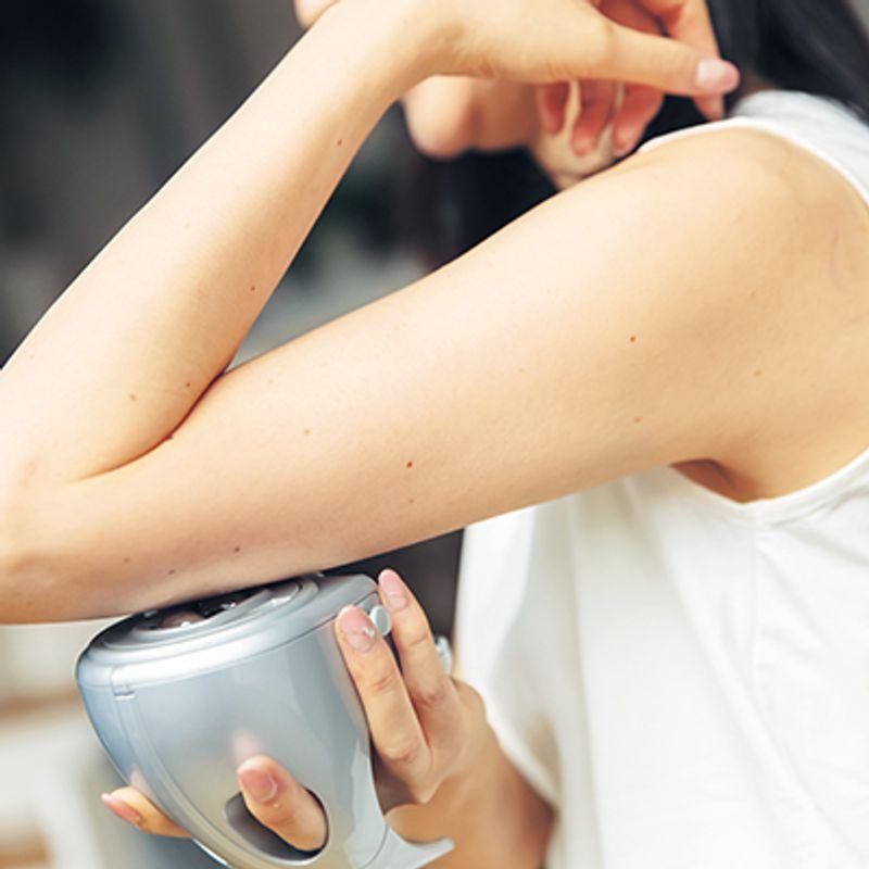 【kokodeで買える!】2週間で二の腕−3.7cm!  筋膜をリリースして部分やせできる【ユニッシュ レセル ボディ】