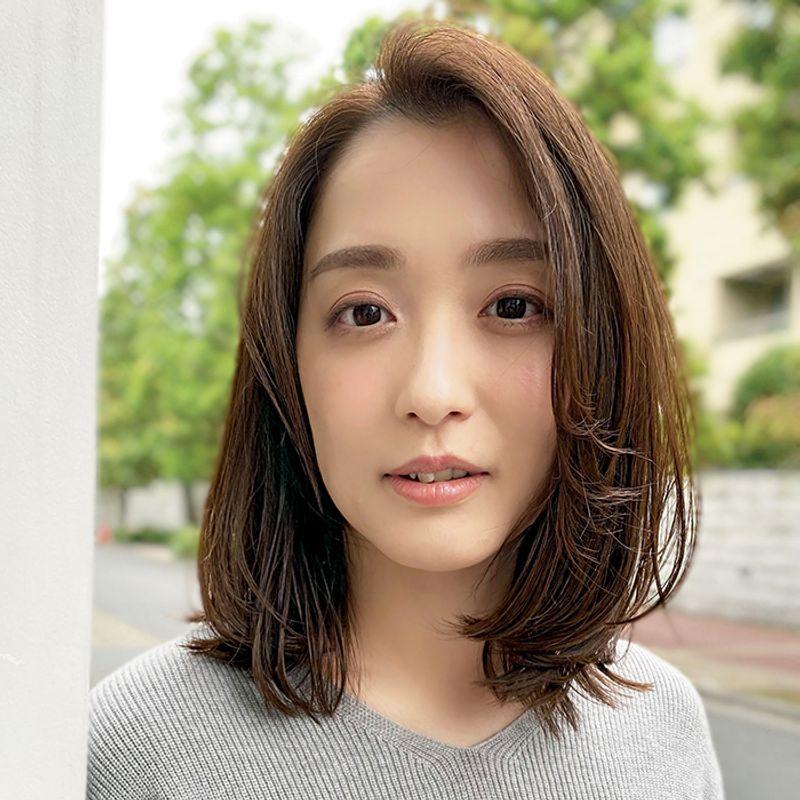 【40代の2020年最新髪型】顔色も改善!ふんわりボブ【ミディアムヘア】