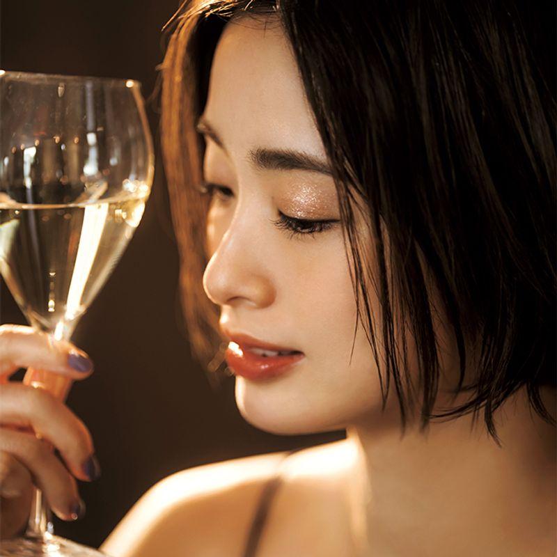 【上戸 彩さんと一緒に夏新色】夕方〜夜のメークは「ほてり」がポイント