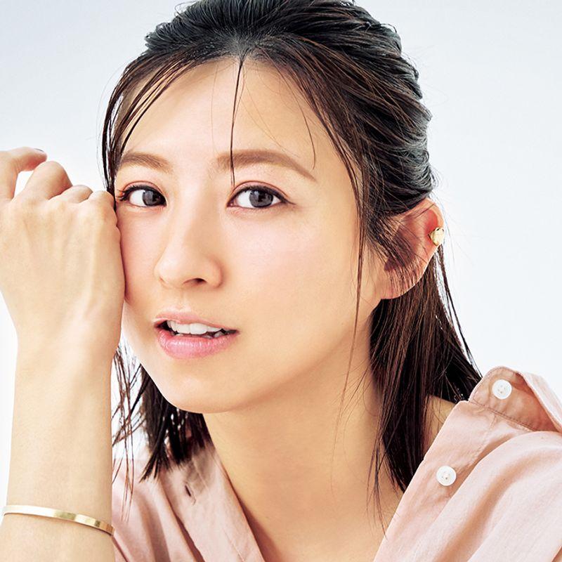 【水彩ピンク】で誰でも今っぽ顔♡ ヘアメーク・岡田知子さんの40代の褒められ春メーク