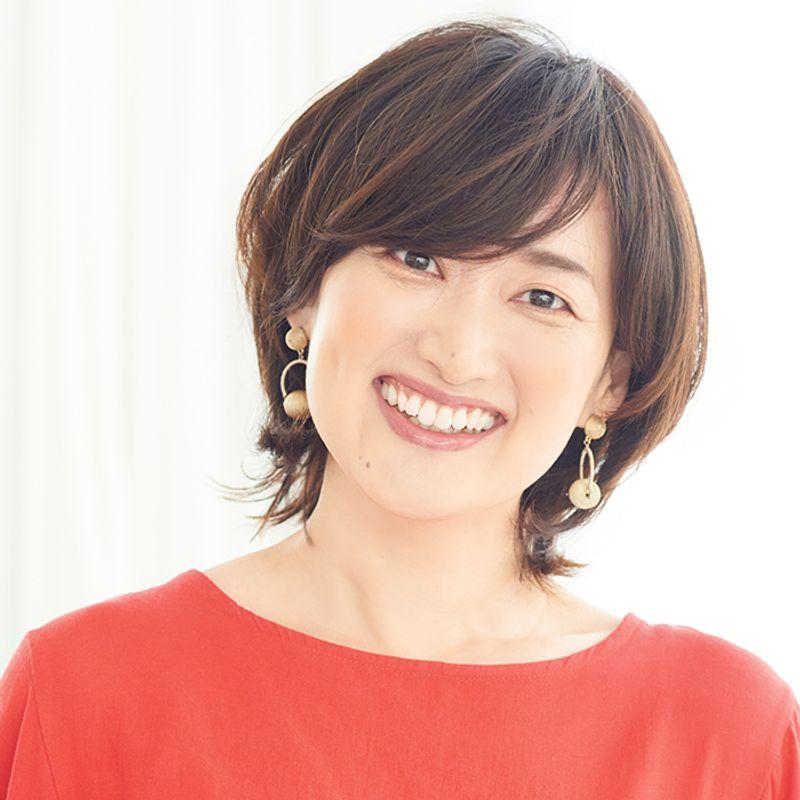 【40代の2020年最新髪型】トップふんわり小顔ショート【ショートヘア】