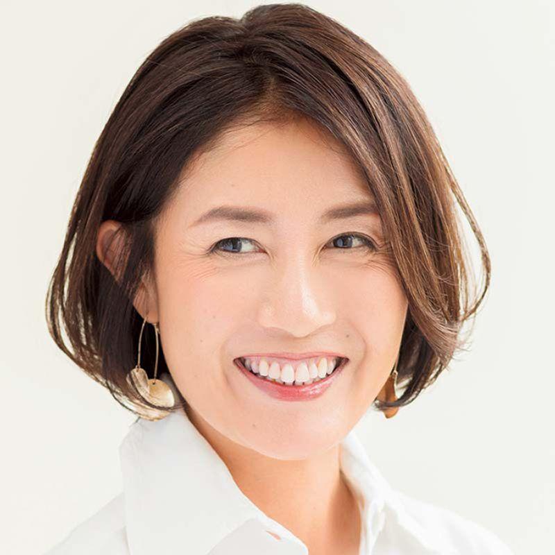 【40代の2020年最新髪型】ハンサム顔を柔らかくするショートヘア【ショートヘア】