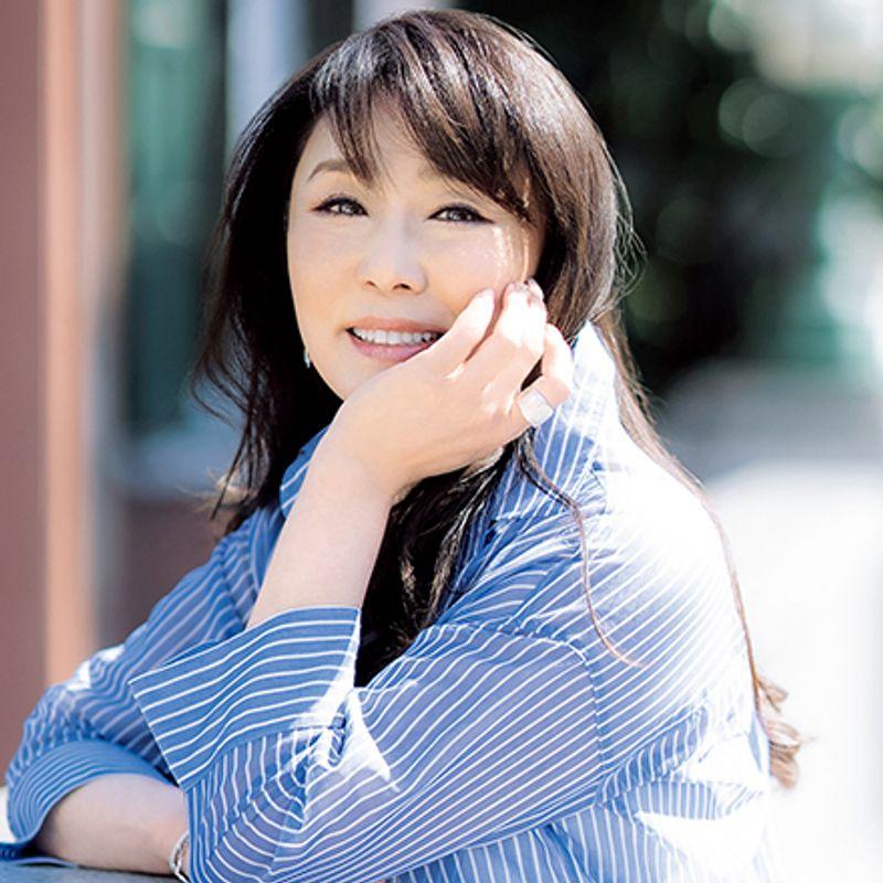 女優・浅野ゆう子さん「人生は50歳から。無理せず自然に年を重ねていきたい」<前編>
