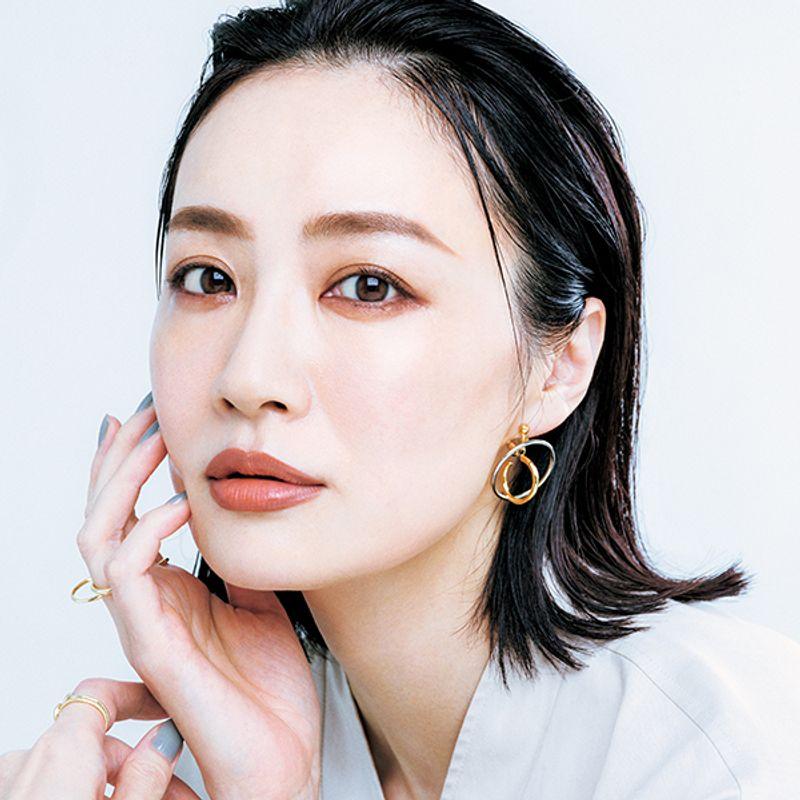 ヘア・メーク岡田知子さんが再現!モデルっぽくなれる【ハンサムメーク】4つのポイント