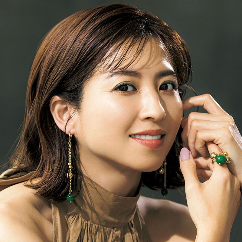 実は日本人に似合う!グリーンのアイシャドウを使えば肌まで綺麗に見えるメークになれる