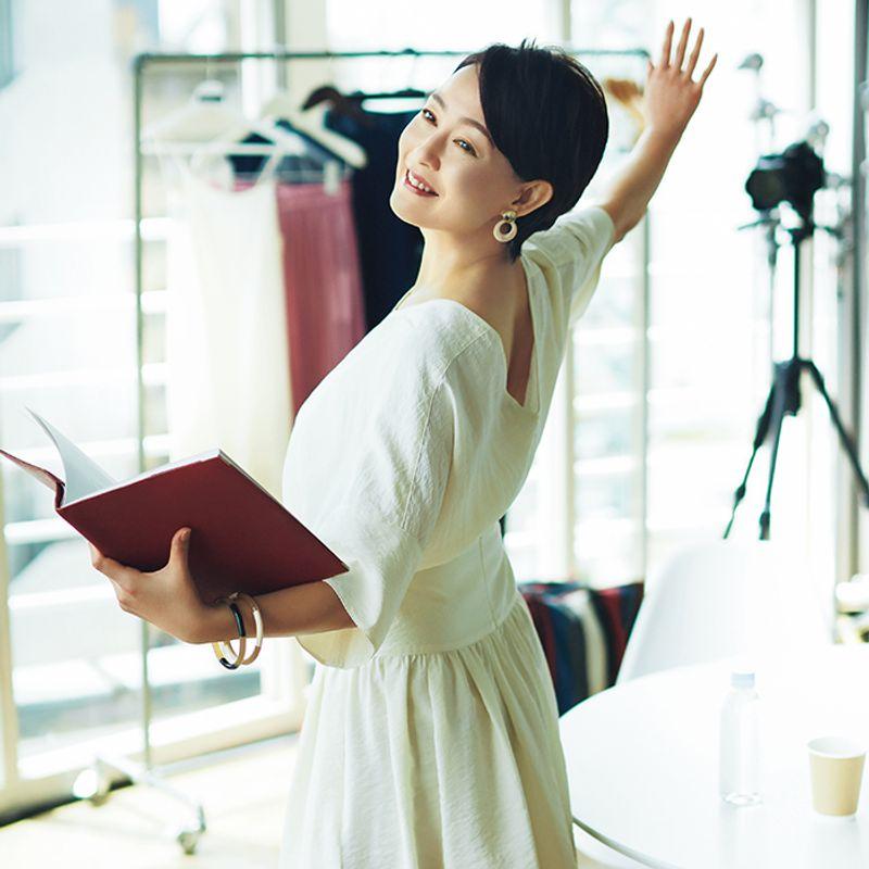 女優・床嶋佳子さん タオル1本1日5分のストレッチでバレリーナのような凛とした美しさを