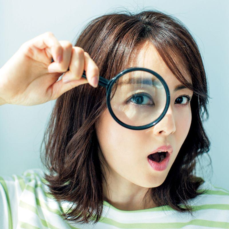 【近眼・老眼にいい!】という噂を全部、眼科医が○と×を診断! サングラスは濃い方がいい? プールの後は目を洗う?