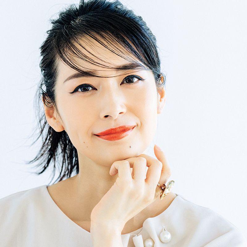 パーツ主張で美人度増し!小田切ヒロさんの【オンライン会議映え】メーク