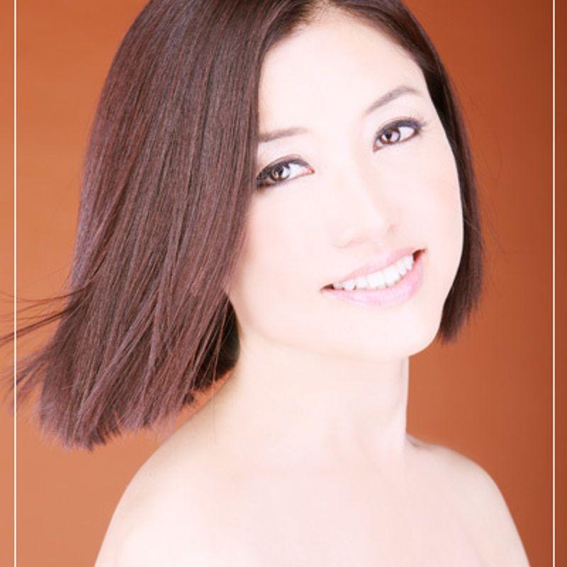 私の肌を輝かせるのはワインがくれる前向きな気持ち  第28回 山田佳子さん(47歳・トレジャーフロムネイチャーCEO)