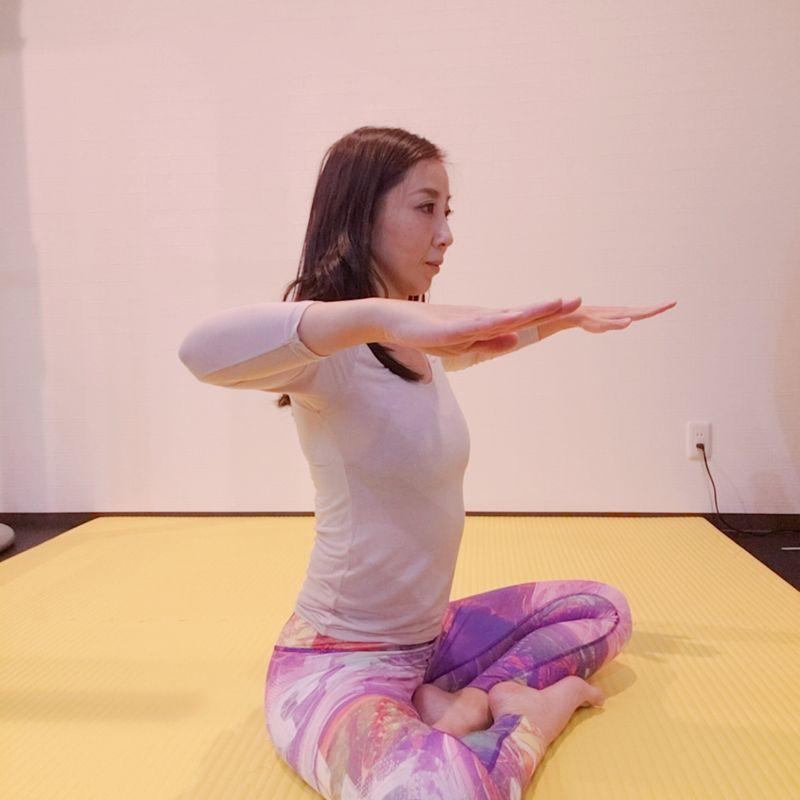 エクササイズ(6)肩甲骨を動かし代謝を上げる