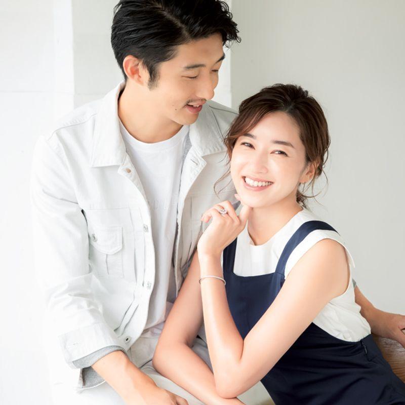 貼る〝針状シート〟で夫婦の笑顔3割増し!