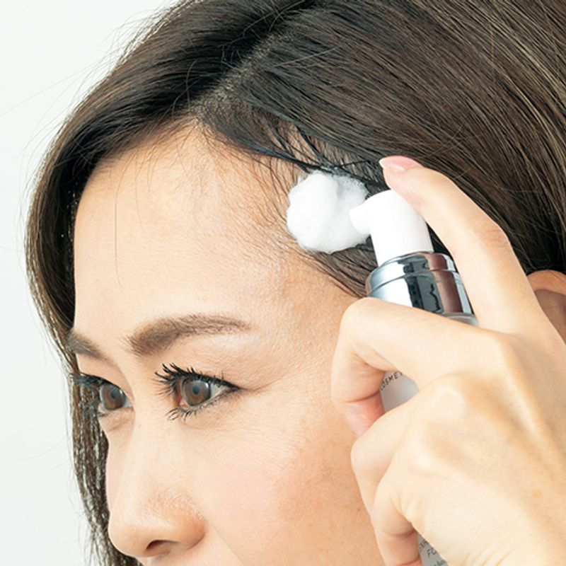 """弱った頭皮を生き返らせる!女性のための【頭皮用""""泡""""美容液】でボリュームアップ"""