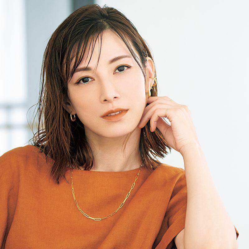 女優・加藤あいさん 【白目がキレイに見える】大人のリラックスメーク