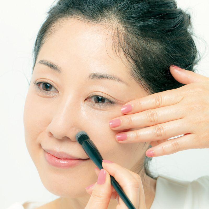 長井かおりさんが教えます。毛穴をカバーするメークと毛穴落ちしないコスメの選び方
