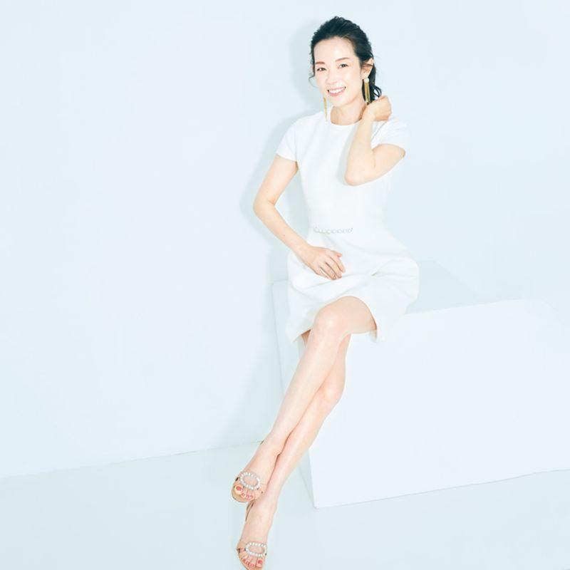 【こすらない】のがポイント!美容家・深澤亜希さんが全身カサつき&黒ずみレスな理由って?