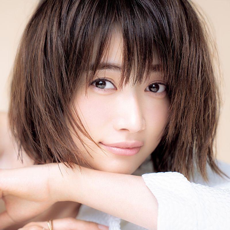 【40代の2020年最新髪型】伸びてもアレンジが楽しめる!ヨンアさんの新ショートボブ【ショートヘア】
