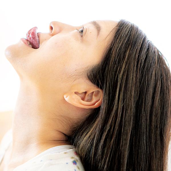 顎 の 肉 を 落とす 筋 トレ